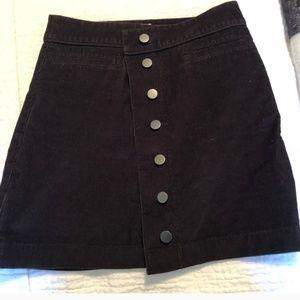 Aritizia Skirt Button Down Size 6